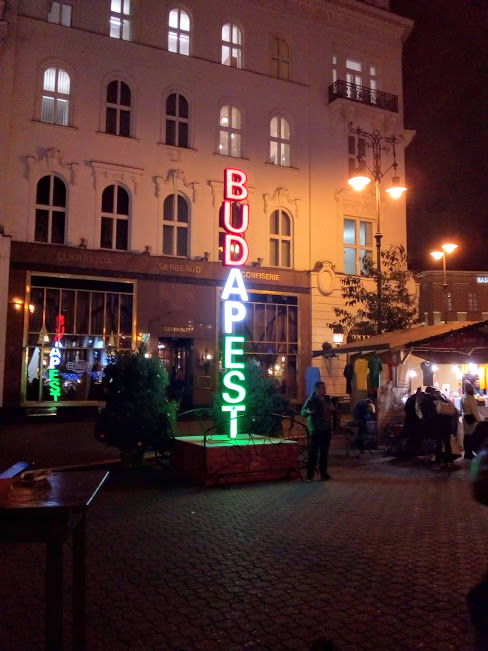 Budapest Illuminated Sign Red White and Green Customer Service Business Support Service